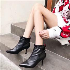 女靴系列 2019新款上市时尚女靴百搭舒