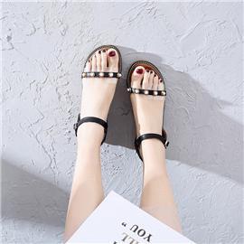 凉鞋系列 2019新款上市潮流百搭凉鞋