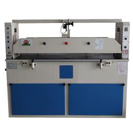 QF-826  平面式油压裁断机 操作简单 前帮机 中后帮机
