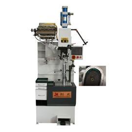LC-840P 自动螺丝上跟机 (PLC)