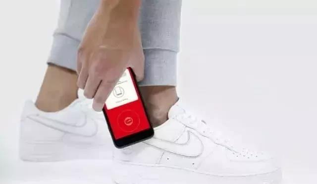 有毒!耐克竟然要往鞋上加NFC