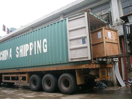 誉泰出口阿拉伯机台装货柜
