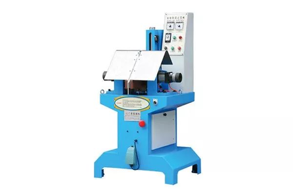 | boots set - up machine is specialized in boots set - up.