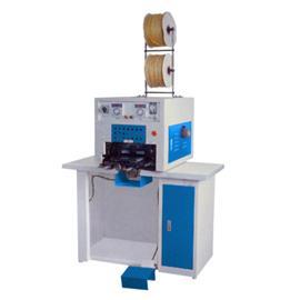 YS-696 港宝热熔胶自动套头印置机