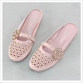 冲孔鞋子 003