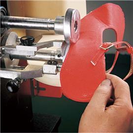 奇裕 QY-460帮脚沿边上胶机 自动供胶 质量好 提高效率 上胶机 鞋厂生产线