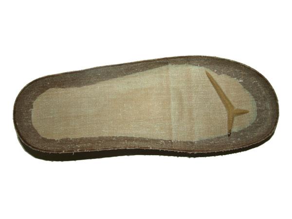 Cork feet bed 006