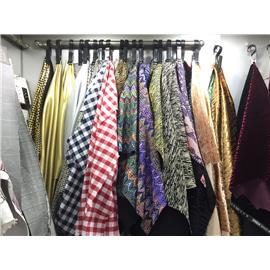 进口沙丁、超细纤维、提花布、印花布、刺绣、棉麻布、钢布、TPU、激光电镀材料及其他适用于鞋子