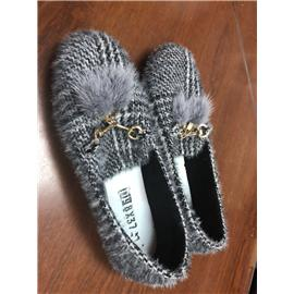 生产各类时尚女鞋