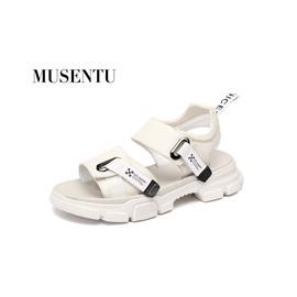 牧森图自主品牌,专业真皮男鞋!外贸工厂生产!