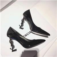 高端女款时尚鞋图片