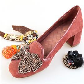成品鞋004 立康鞋材 鞋花 珠绣鞋面 款式新颖 厂家直销 价格实惠 欢迎订购