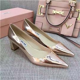 伯昇金属色女鞋尖头女鞋真皮粗跟女单鞋BS060