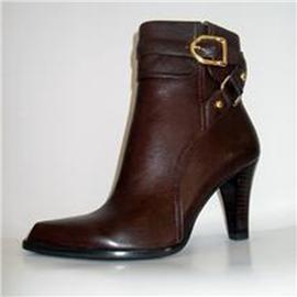 伯昇欧美粗跟女靴圆头皮带扣女靴高跟裸靴BS093