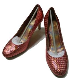 2016伯昇鞋业 BS-XC625 新款细跟圆头高跟鞋,伯昇肉色圆?#21453;?#36319;女高跟鞋