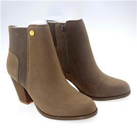 【伯昇】女鞋短靴时尚粗跟简约百搭