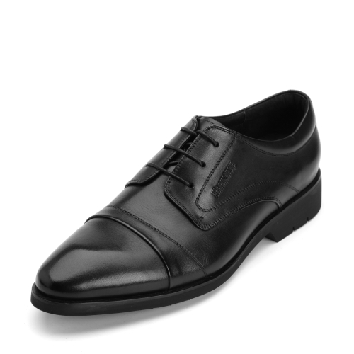 如何鉴别真皮皮鞋