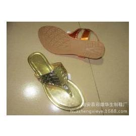 2015厂家直销新款饰扣工艺鞋 平底鞋 凉鞋 胶板底凉鞋