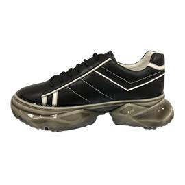 淋胶工艺|起弘鞋材图片