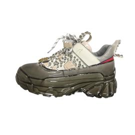 泡胶工艺 起弘鞋材