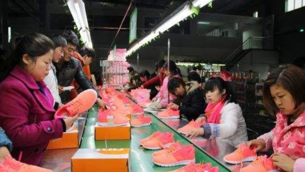 inspire people! The scale of women's shoes market will exceed 260 billion yuan in 2018