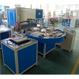 Automatic turntable type welding machine
