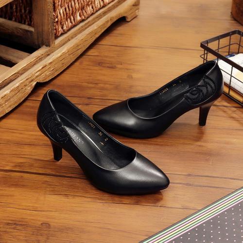 知名鞋企正演绎一场蝶变大戏