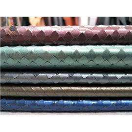 彩鸿皮革CH18006环保鞋包用刀割蛇纹贴膜真皮头层牛皮