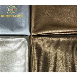 彩鸿皮革CH18013环保bet36体育在线投注包用金属贴膜头层皮