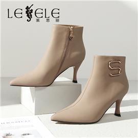 LESELE 莱思丽冬新款时尚尖头金属扣耐磨底女靴LD7917