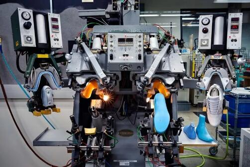 Spain promotes new Industry 4.0 smart system in shoemaking industry