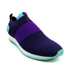 飞织面运动鞋图片