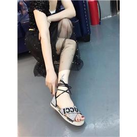 古奇夏季凉鞋图片