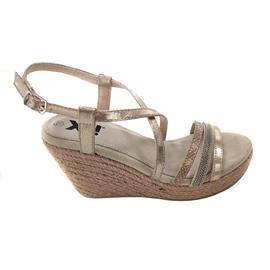 时尚凉鞋 坡跟舒适女凉鞋