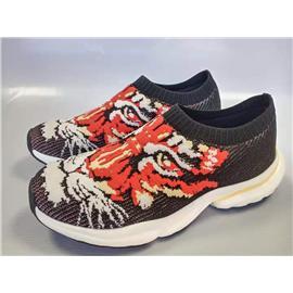 高弹力轻量3D纺织男士休闲鞋