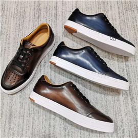 擦色运动滑板皮鞋图片