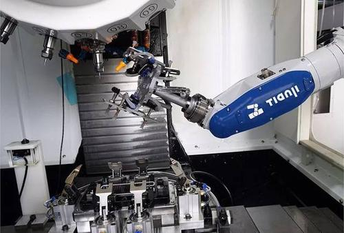 Positioning accuracy of industrial robot