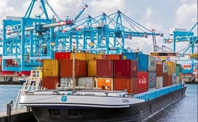 大拥堵!鹿特丹驳船码头需等待77个小时!各海航运公司纷纷上涨拥堵附加费