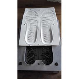 鞋垫自动冲孔模
