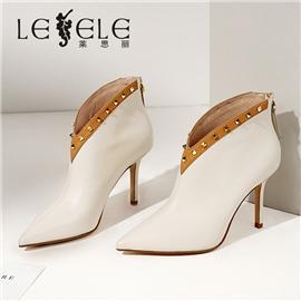 LESELE 莱思丽冬季新款牛皮尖头高跟及踝靴 LD7612