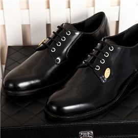 新款上市男士商务正装皮鞋 高端时尚大气正品皮鞋