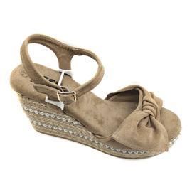 时尚凉鞋 夏季厚跟显瘦女凉鞋