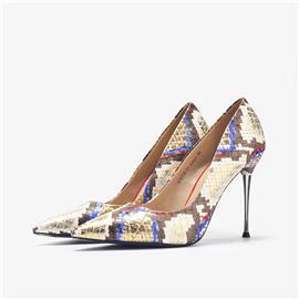 女士时尚蟒蛇皮细高跟单鞋
