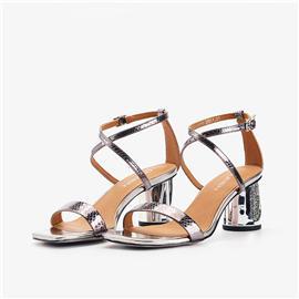 时尚凉鞋| 女王鞋业